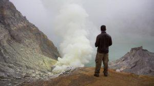 xsulfur-volcano-678x381-jpg-pagespeed-ic_-9qmvux1lib-3576940